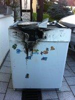 Die ausgebrannte Spülmaschine (Bild: Privat)